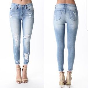 KanCan Sharon Maci Distressed Jeans